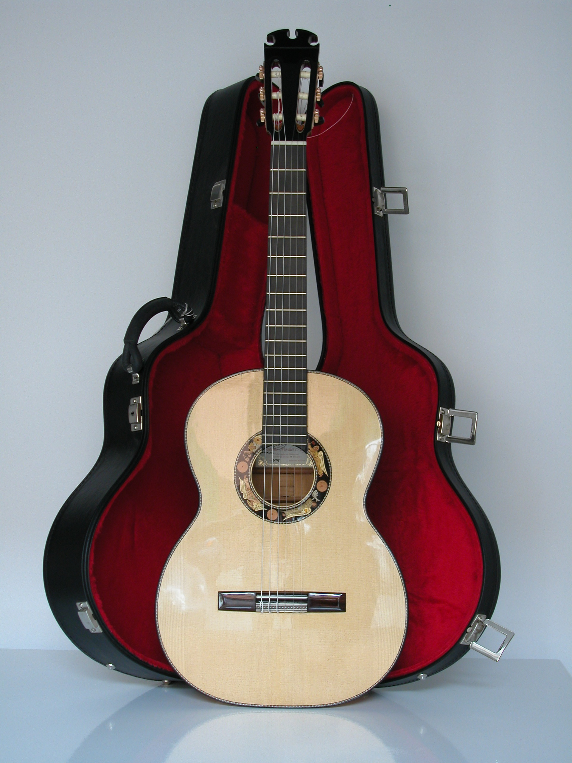 Classical guitar Rosewood and spruce