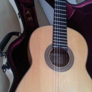 Guitarra Maestro Ciprés