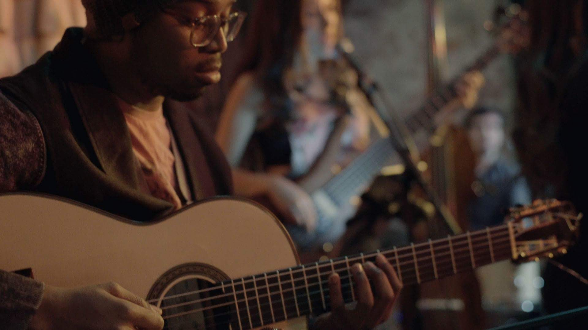 guitarra-actuacion-boston