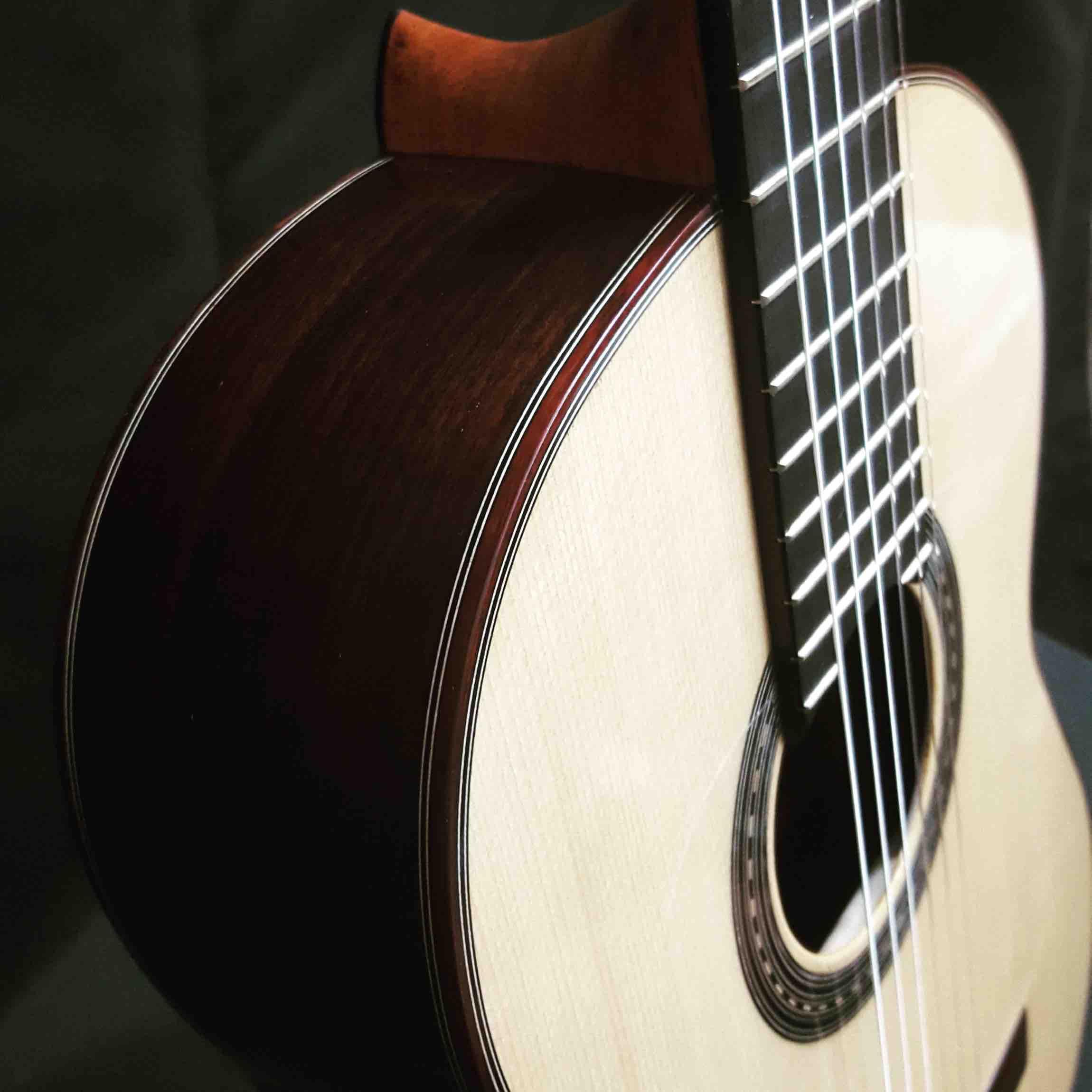 guitarra-flamenca-morales